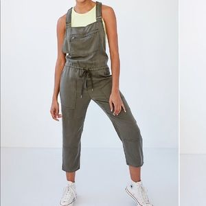 """Aritzia """"Cropped Twill Overalls"""" Grey Size Small"""
